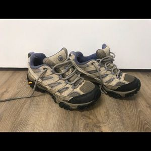 Merrill Moab 2 low hiking boots
